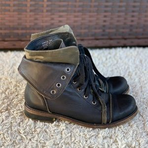 Zigi Girl Donelle Leather Zipper Fold Camo Cuff Lace Up Combat Boots Ankle GUC
